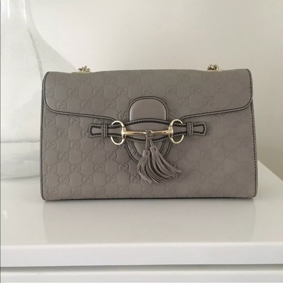 77742389fc30 Gucci Handbags - Gucci Emily Guccissima Leather Chain Shoulder Bag